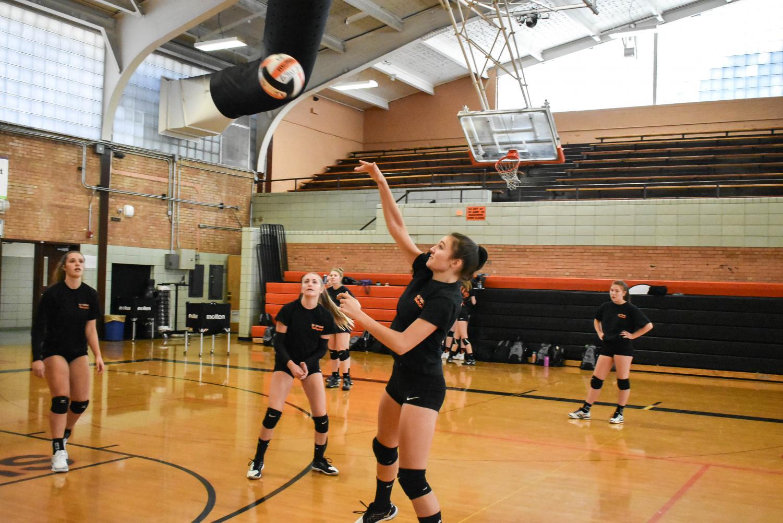 Girls Volley Ball